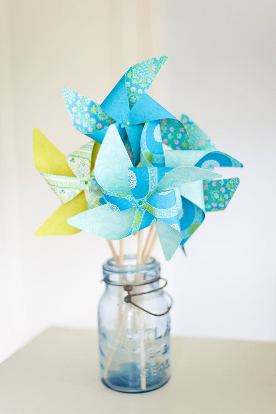 Pinwheel Centerpieces...so summery and a great alternative to the typical flower centerpiece
