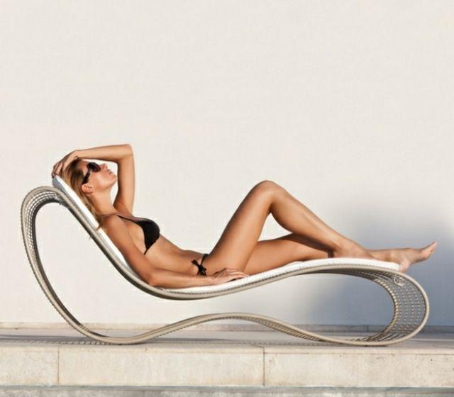 Chaise Longue De Jardin #15: Bain De Soleil Accrocheur Dans Le Jardin- 33 Designs Cool