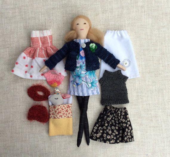 """Moderne Stoff Puppe, Puppe mit Kleidung, handgemachte Stoff Puppe, Puppe, Puppe Größe, weiche Puppe, Puppe mit Kaninchen Spielzeug, 13"""" Puppe, Stoffpuppe,"""