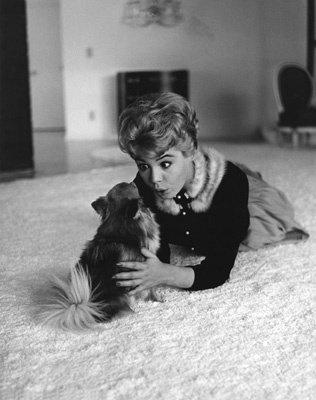 Sandra Dee at home circa 1956