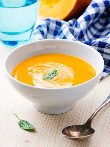 Soupe de courge au fenouil : Recette de Soupe de courge au fenouil - Marmiton