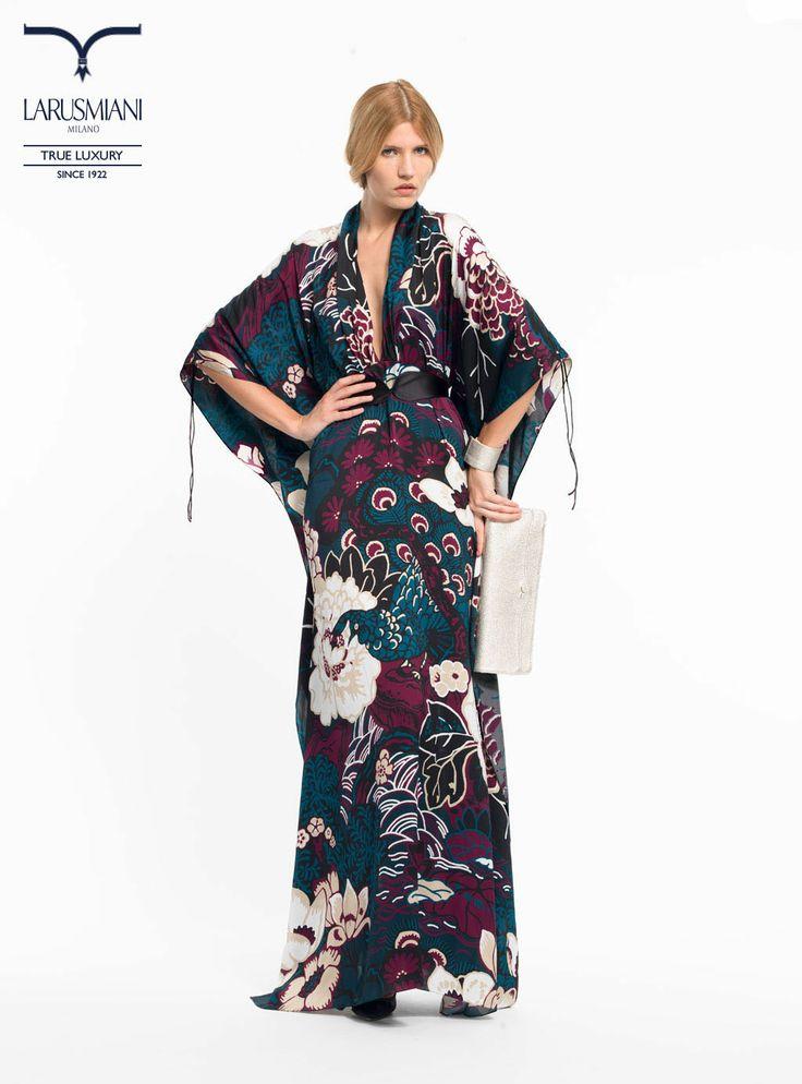 Silk flower-printed long caftan - Calf leather bracelet with jewel buckle - Calf leather clutch  - www.larusmiani.it #SS2014 #women #fashion #style #larusmiani