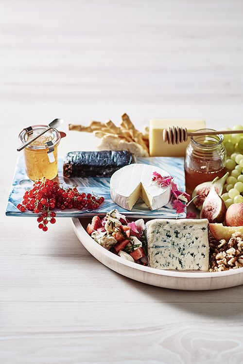 T&W stylist and foodie Jono Fleming shares his tips on what cheeses to choose for a summer platter, how to make the most of the season and which flavours work…