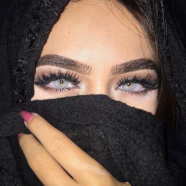 Those Arabian princess vibes ✨ Lenses are @solotica_official Hidrocor Quartzo
