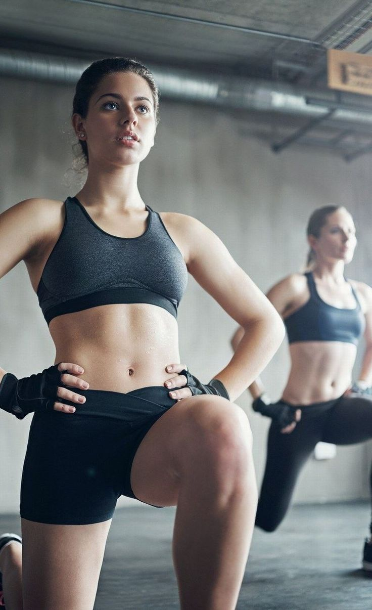 Try This Fat-Blasting, Full-Body Tabata Workout — It's Printable Tabata Workouts At Home, Pilates, Perder 10 Kg, Fitness Photoshoot, Fitness Magazine, Fitness Photography, Academia, Workout Programs, Fit Women
