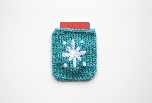 DIY: knit and crochet gift card holders | DIY + Could Be Crafts | Pin ...