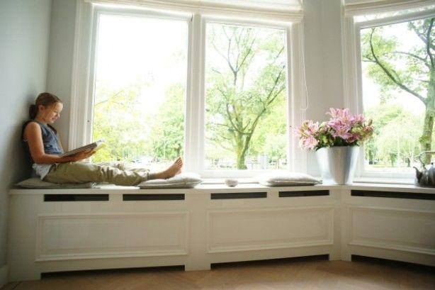 radiator zitting onder raam