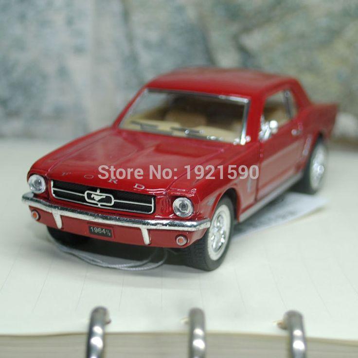 ブランドの新しいkt 1/36スケール米国1964フォードマスタングダイキャストメタルプルバック車模型玩具/キッズ/コレクション