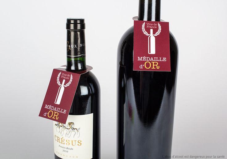 ¿A tus clientes les gusta el vino? Sopréndeles con un cuello de botella totalmente personalizado.