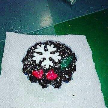 Veja agora os cupcakes e as bolachinhas feitas pelas crianças que nos visitaram durante o Natal da pequenada no Centro Cultural do Entroncamento, realizado dia 01-12-17 sexta-feira passada. Agradecemos a vossa visita!  Convidamos todos a entrar no nosso site aqui: www.cakesakademiamais.com