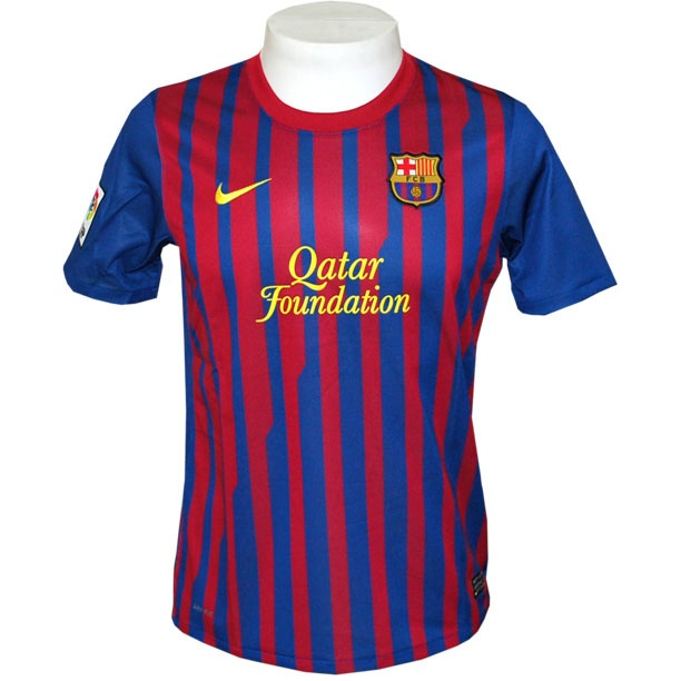 Mi deportes favorito es el fútbol, y mi equipo favorito de fútbol es FC Barcelona.