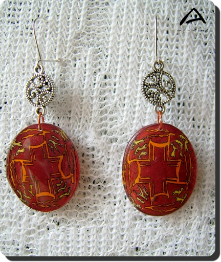 aproize handmade earring with tribal motives