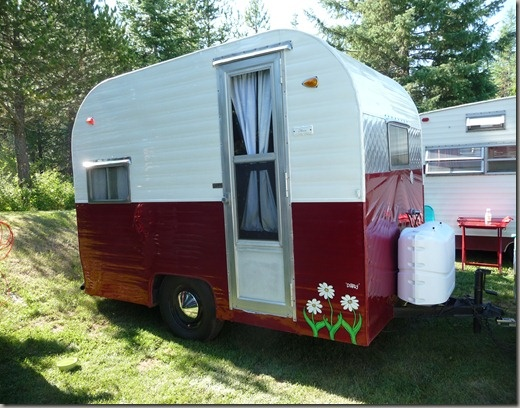 17 Best Images About Canned Ham Trailers On Pinterest Vintage Campers Shasta Trailer And Tiny
