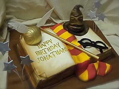 Harry Potter Book Cake...For my Birthday, hopefully in the next couple years! :p