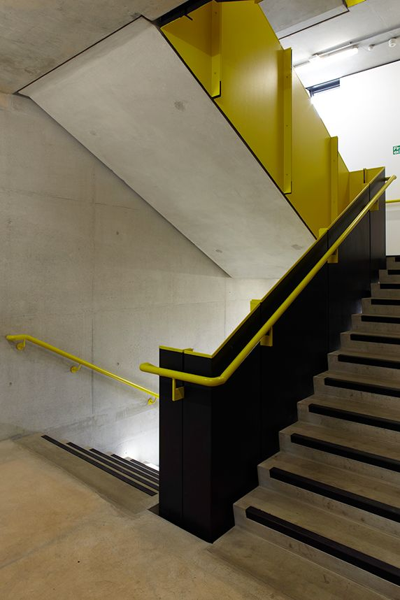 Solid Balustrade At Burntwood School Ahmm In 2019 Stairs