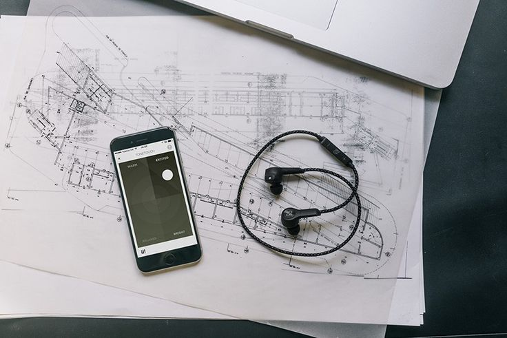 bang-olufsen-jakob-wagner-beoplay-H5-6