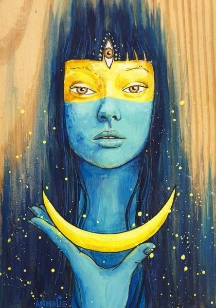 WISDOM OF LUNA | Annelie Solis