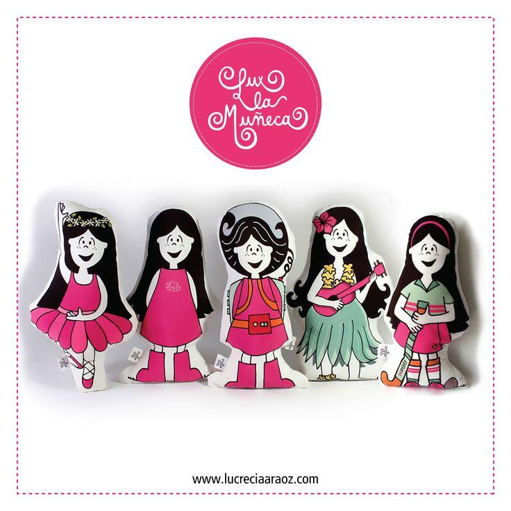 LUX LA MUÑECA en sus 5 modelos: bailarina, clasica, espacial, hawaiana, y jugadora de hockey. #ilustracion #illustration #pink #muñeca #deco #kids Facebook: lux la muñeca Ventas : tienda.citarte.net