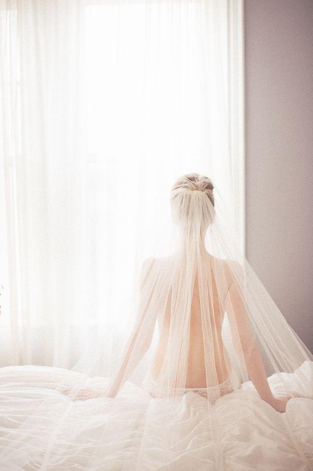 Feminine and romantic bridal boudoir shoot | Katherine Henry Boudoir | see more on: http://burnettsboards.com/2015/02/feminine-elegant-boudoir-inspiration/