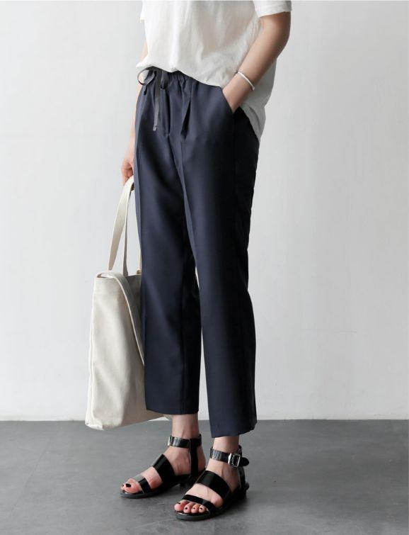minimalist style + capsule wardrobe inspiration: — curated by ajaedmond.com
