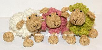 Ovejas tejidas a crochet (amigurumi)