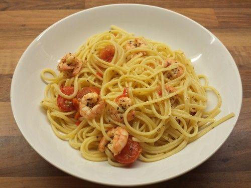 Jamie Oliver's Chili prawn linguine