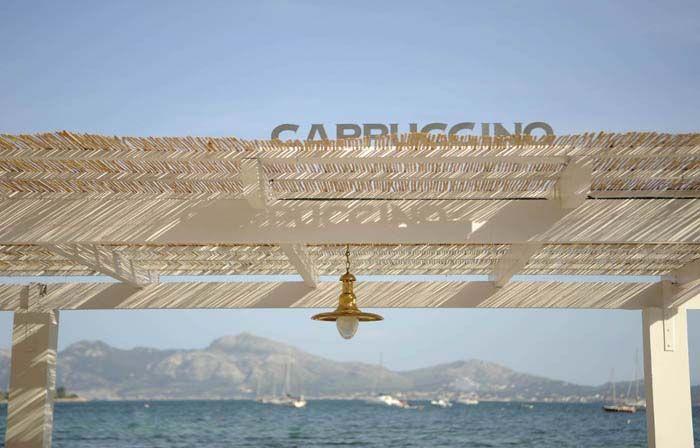 Cappuccino Grand Café Puerto Pollensa, Mallorca: http://www.grupocappuccino.com/cappuccino-port-de-pollenca/