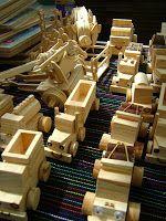 Los juguetes tradicionales mexicanos son muy apreciados hoy en día por los turistas. Estos no solo cumplen la función lúdica en niños sino además muchos son hechos para uso ceremonial, especialmente para el Día de los Muertos.