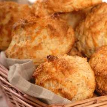 An awesome Red Lobster Cheddar Bay Biscuits recipe from CopyKat Recipes