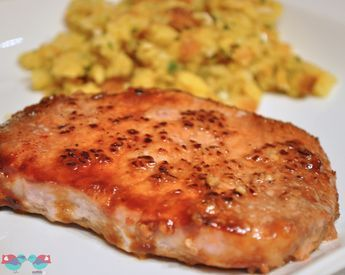 I am usually a very lazy cooker, which is why I love these Brown Sugar Pork Chops! The recipe has only 5 ingredients and it takes under 30 minutes!