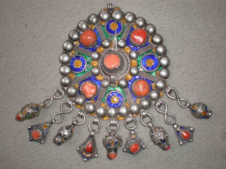 1000 ideas about bijoux kabyle on pinterest kabyles for Decoration kabyle
