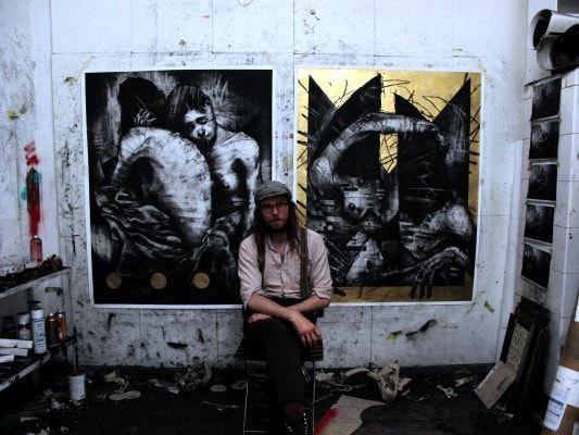 Erfahrt mehr über diesen Künstler, der momentan eine Ausstellung in der Nomad Gallery zeigt: Joseph Loughborough by Joseph Loughborough, geboren 1981, verbrachte seine prägenden Jahre mit dem Entdecken der verfallenen Bootswerften und Buchten von Portsmouth an der Südküste Englands. Nach seinem Abschluss an der Portsmouth University verfolgte er sein Interesse an Kunst, Philosophie und der Skateboarder-Kultur. E ART at Berlin ART | Kunst | Galerie | Galerieführer | Auss