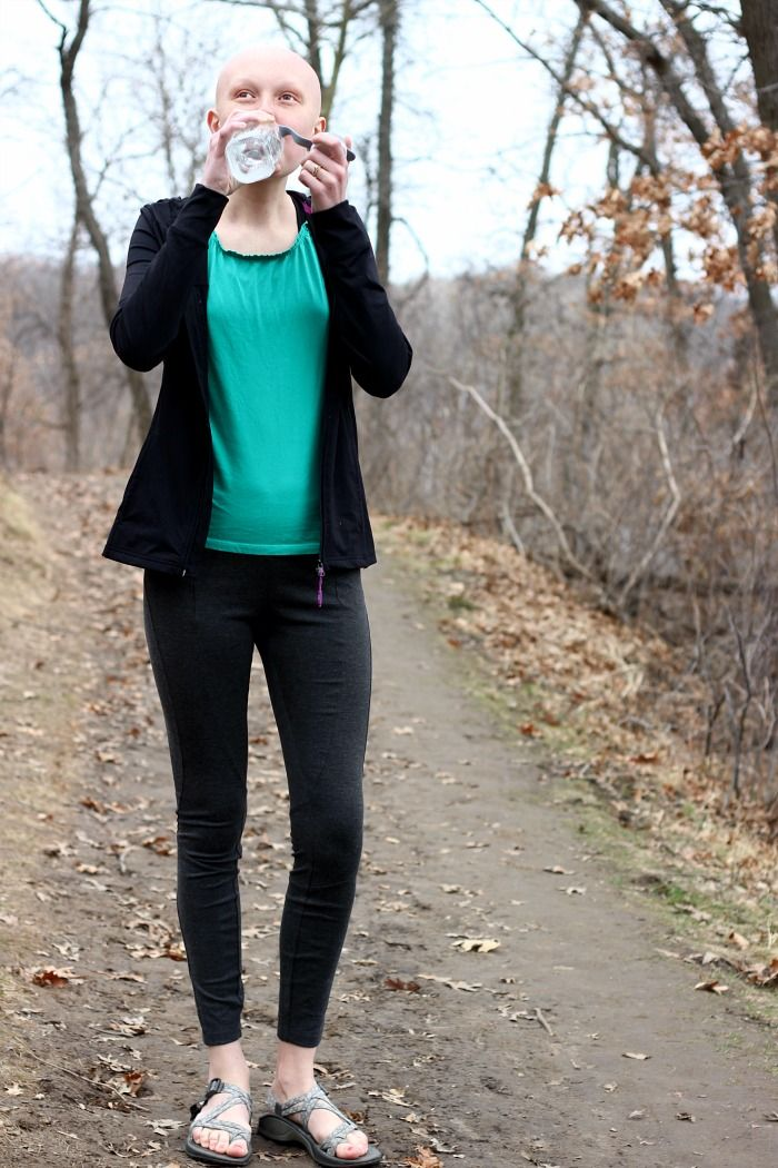Cute athletic outfit for exploring the outdoors!
