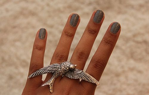 : Love Nails, Nails Design, Nails Colors, Birds Rings, Nails Polish, Beautiful Birds, Statement Jewelry, Jewelry Rings, Rings Jewelry Fashion