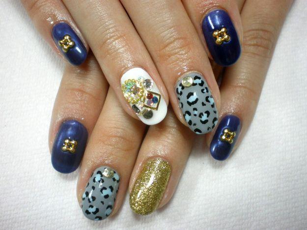 Модный дизайн нарощенных ногтей с декором и тигровым принтом ::: onelady.ru ::: #nail #nails #nailart #manicure