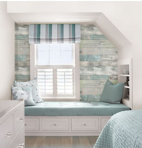 It's got the look of weathered wood with hints of soft pale color, but the walls of this rustic haven are actually made of chic peel and stick wallpaper! WallPops NuWallpaper Beachwood Peel And Stick Wallpaperia via Joann Fabric & Craft Stores.                                                                                                                                                                                 Mehr