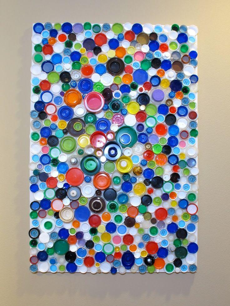 Tutorial: plastic bottle cap wall art