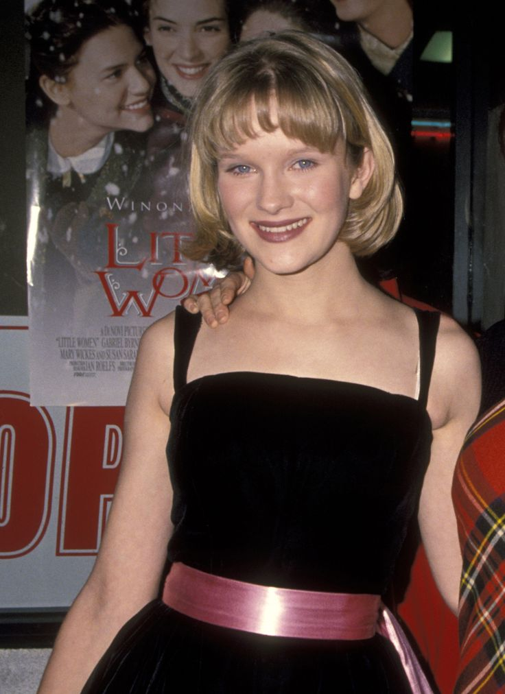 THEN: Nicholle Tom Child actress Nicholle Tom was already experienced in the biz by the time she got to The Nanny at age 15, having already played roles in Beethoven, Beethoven's 2nd, Beverly Hills, 90210, and The Fresh Prince of Bel-Air. It's fitting that this acting veteran played the eldest Sheffield sibling Maggie.