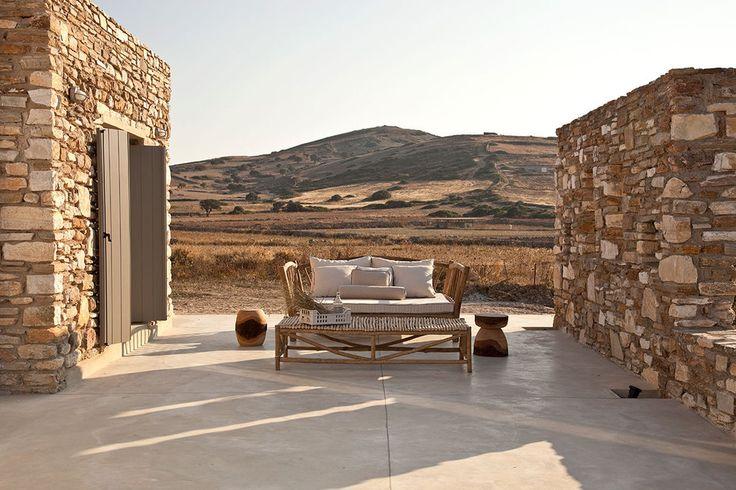 VOIS architects — Antiparos Katikia 1 — Immagine 1 di 13 - Divisare by Europaconcorsi