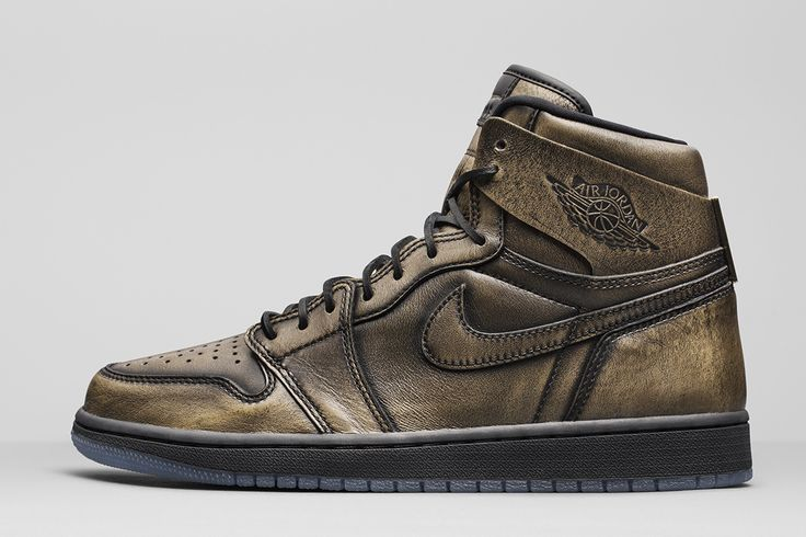 "Air Jordan 1 High Retro ""Wings"" (Detailed Pics & Release Info)"