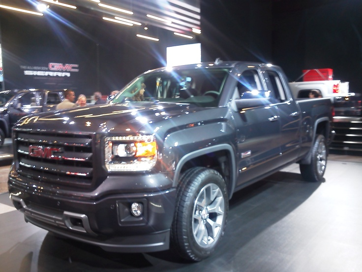Just back from the NAIAS in Detroit, check out the new 2014 GMC Sierra