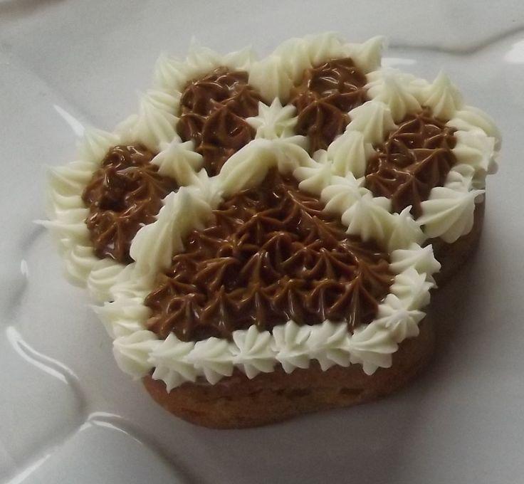 Brown Paw Cake