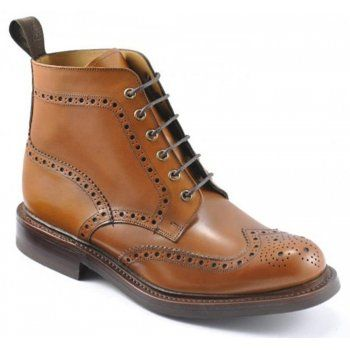 130 years of bench-made, shoe-making techniques go into making every pair of these men's Loake Bedale boots. In burnished calf leather, these boots are handmade in England and feature Goodyear welted soles with an additional red Dainite rubber layer. http://www.marshallshoes.co.uk/mens-c1/formal-c4/loake-mens-bedale-tan-brogue-boot-p1716