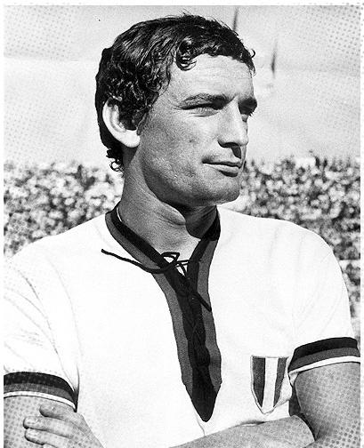 Gigi Riva, 7 november 1944, Scorpio.