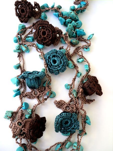 {inspiration only; color: turquoise and brown combo} oya crochet. idee per collane