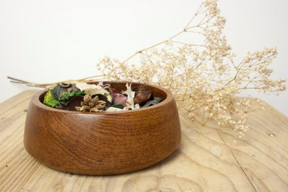 Mid century modern small wooden bowl for serving dishes, appetizers or as home decor for potpourri, jewelry,... The wooden bowl is hand turned