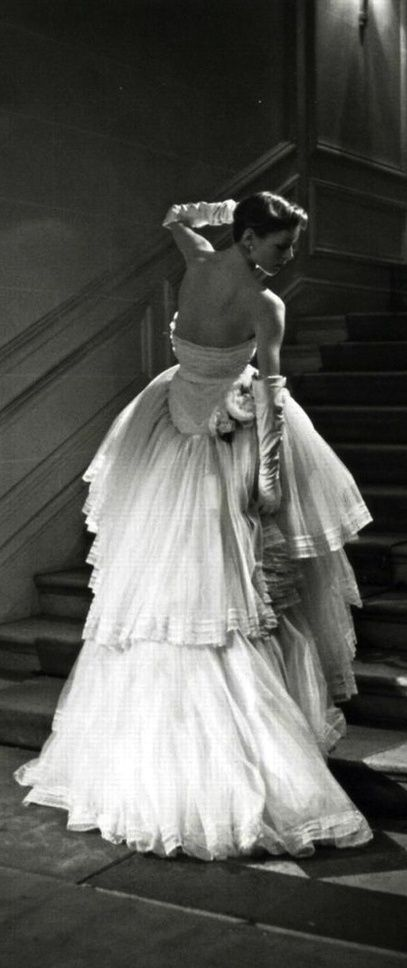 Christian Dior, Schumann ballgown, 1950 ~ Photo by Willy Maywald