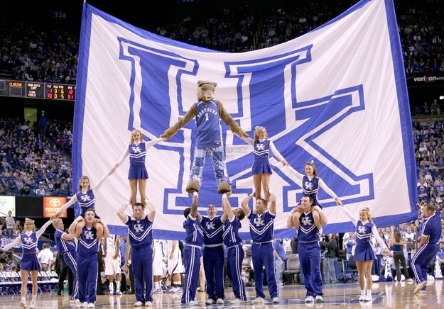 The basketball team may get all the credit, but you know the best sports team on campus is actually the cheerleading squad. | 41 Signs You Went To The University Of Kentucky