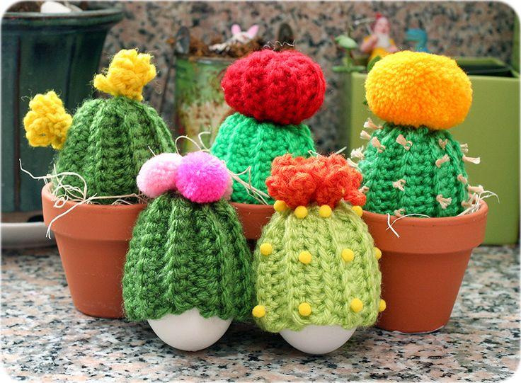 How to crochet a cute baby cactus egg cozy! For Easter or any time of the year!  | Twinkie Chan