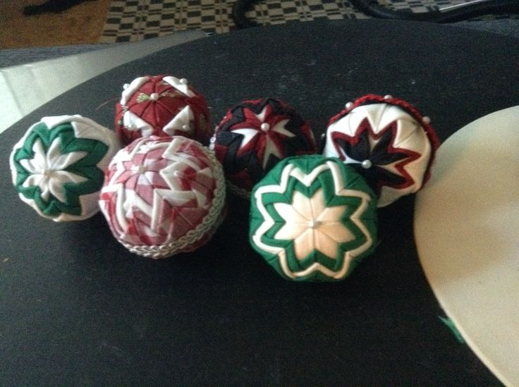 Quilted mini ornaments